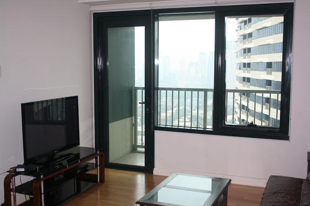Photo of our lounge in One Rockwell East tower